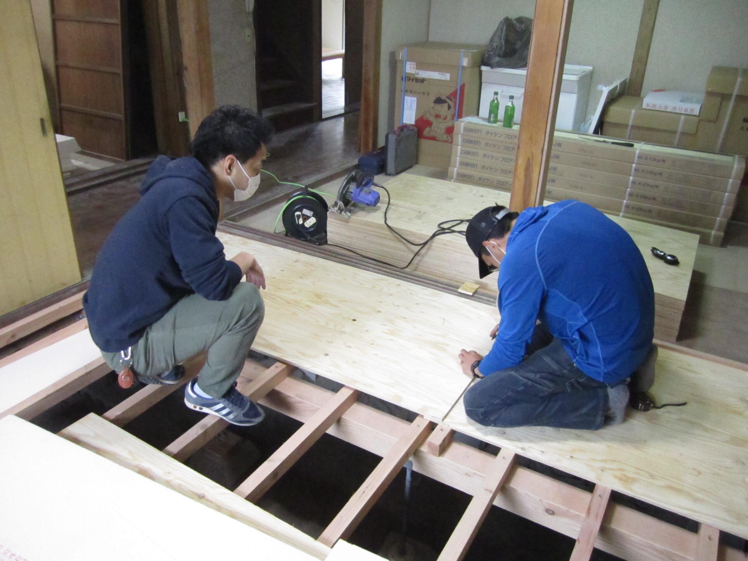 「ぷち田舎シェア四方」DIYワークショップを開催しました(1日目)