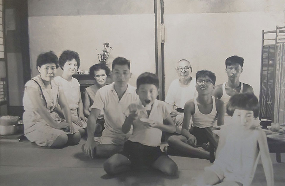 成田家の昔の家族写真